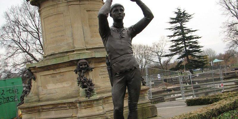 Стратфорд-на-Эйвон. Шекспир, памятник и человек (Stratford-upon-Avon. Shakespeare. Monument and people)