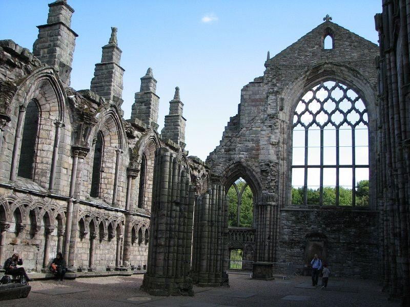 Эдинбург (Edinburgh). Холирудхауз